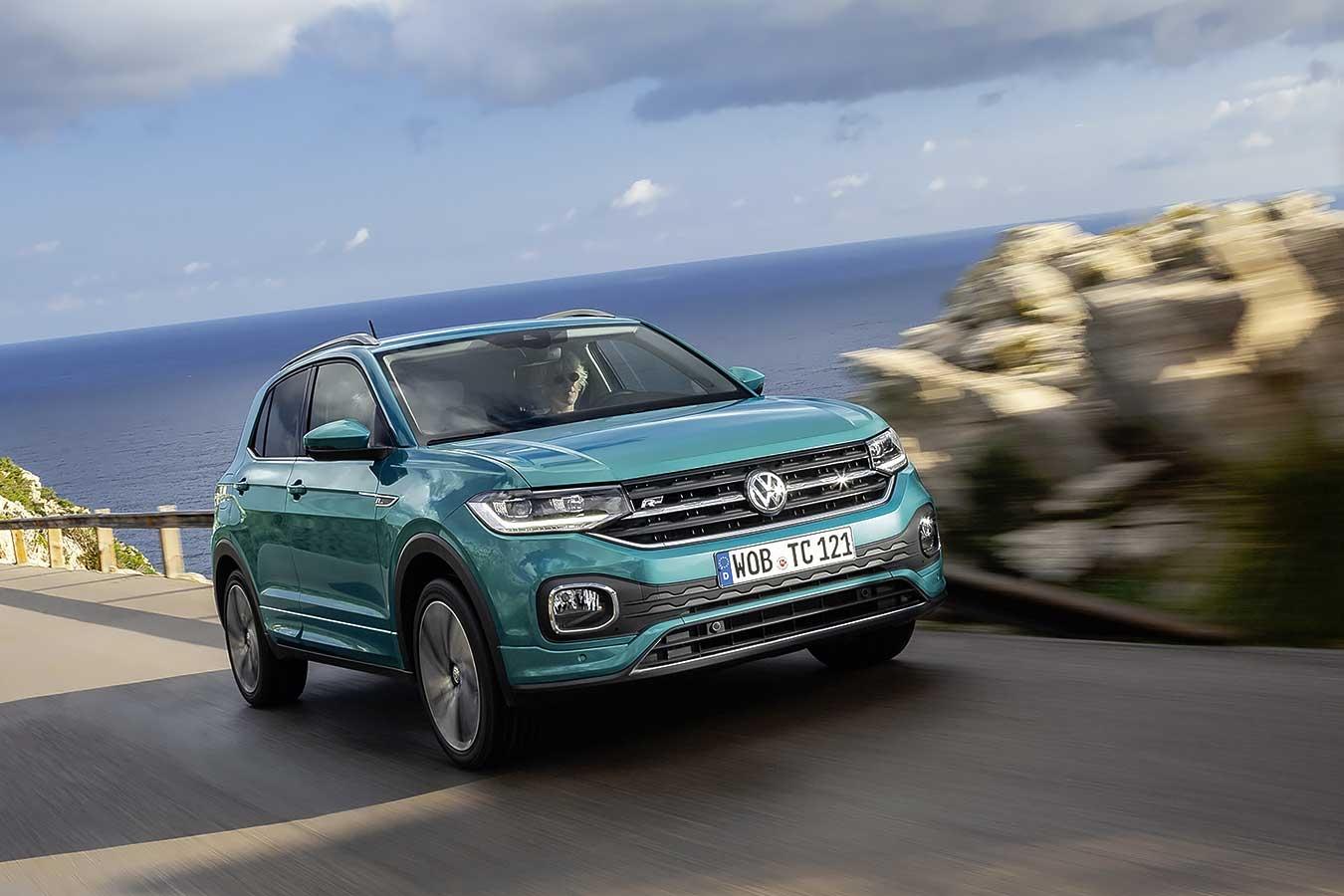 """Volkswagen T-Cross е  """"Автомобил на годината"""" за 2020-а в България"""